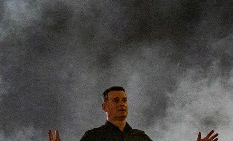 Out Of The Smoke - 9-1-1 Season 2 Episode 18