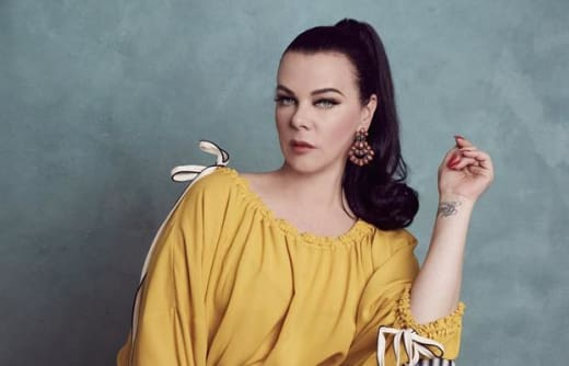 Debi Mazar Tall - Younger