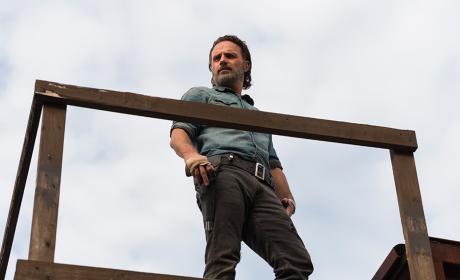 Rick on lookout - The Walking Dead Season 7 Episode 16