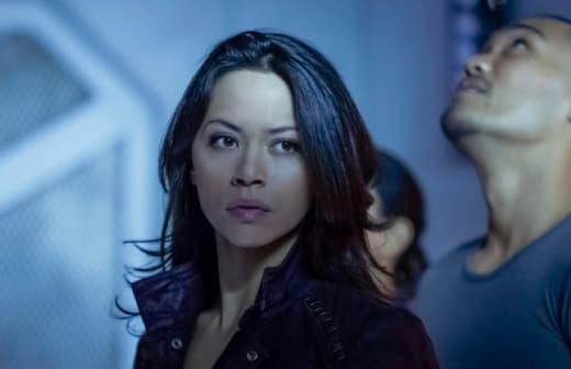Two in Jail - Dark Matter Season 2 Episode 2