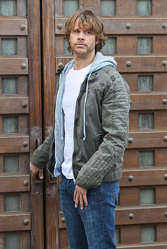 Deeks at a Door