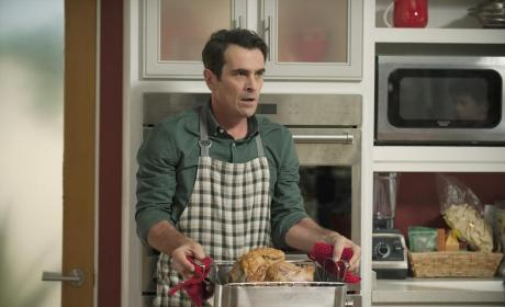 Phil's Thanksgiving Dinner - Modern Family