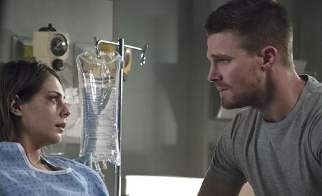 Concerned Brother - Arrow Season 4 Episode 5
