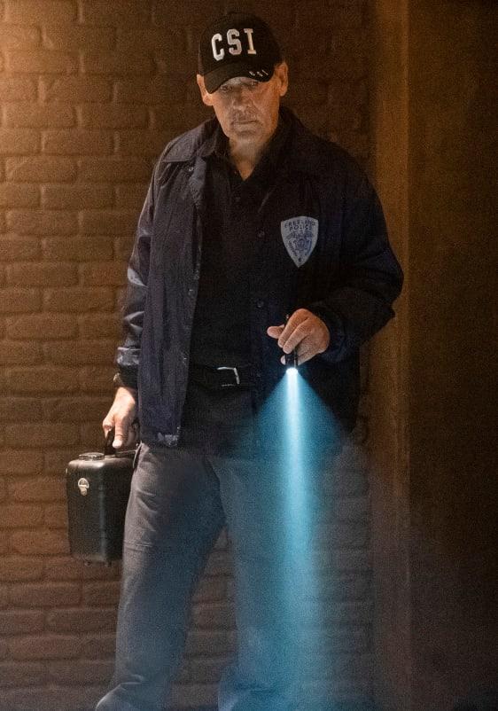 Scene of the Crime - Black Lightning Season 2 Episode 13