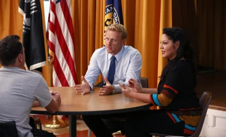 Sitting with a Soldier - Grey's Anatomy Season 11 Episode 3