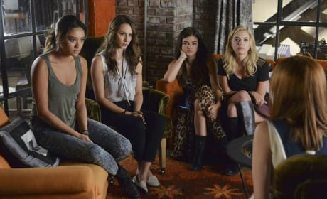 Listening Intently - Pretty Little Liars Season 5 Episode 18