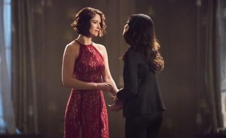 Alex and Maggie Celebrate - Supergirl Season 2 Episode 13