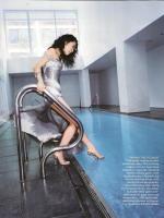 Sandra Oh Gets Her Feet Wet