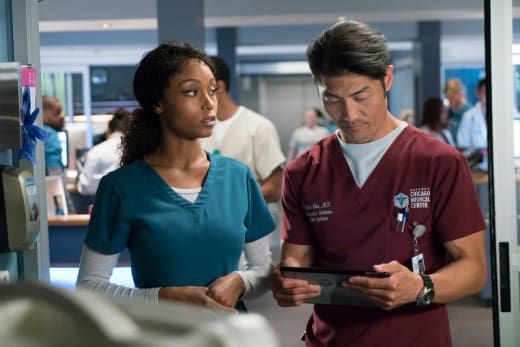 On the DL - Chicago Med Season 3 Episode 1