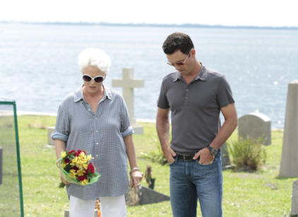 Watch Burn Notice Season 5 Episode 17 Online