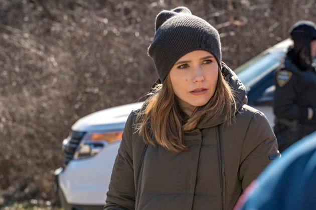 Lindsay - Chicago PD Season 4 Episode 17