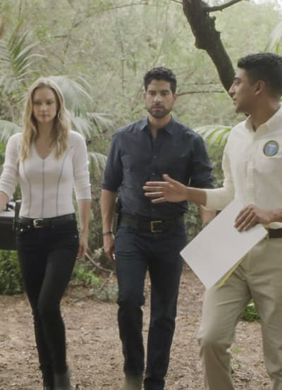 Ritualistic Murder - Tall - Criminal Minds Season 14 Episode 4