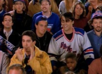 Watch Friends Season 1 Episode 4 Online