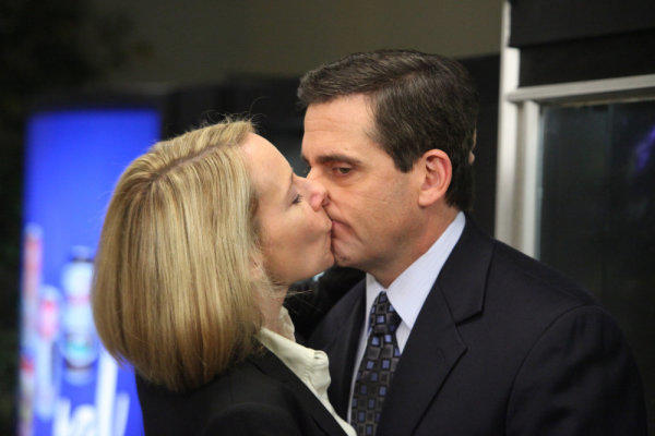 The Office PDA Alert!