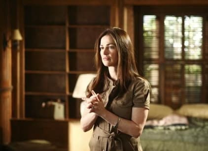 Watch Army Wives Season 3 Episode 1 Online