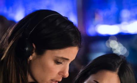 Shiri Appleby Directs Liz 2.0 - Roswell, New Mexico Season 1 Episode 9