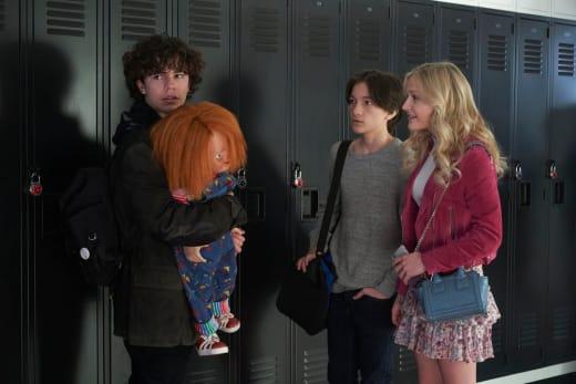 Chatting - Chucky Season 1 Episode 1