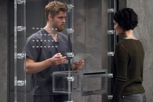 Roman and Jane Confer - Blindspot Season 2 Episode 13