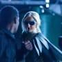 Dove Fights a Bad Guy - Titans Season 2 Episode 4