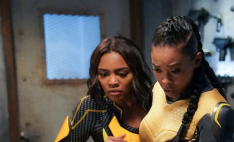 Wounded Ally - Black Lightning Season 2 Episode 16