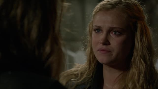 """Clarke Griffin and Abby Griffin dealing with the """"Blood Must Have Blood Part 2"""" aftermath"""