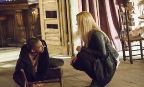 Should I Help You? - The Originals Season 4 Episode 10