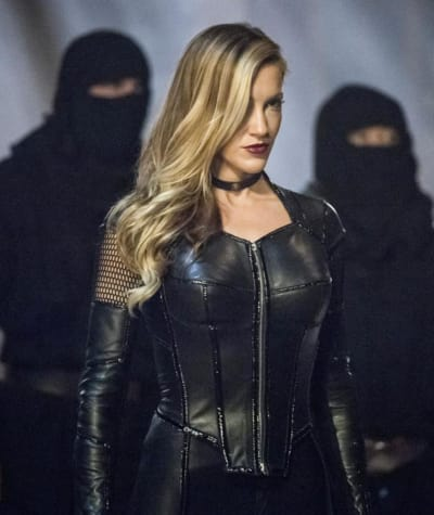 Black Siren is Ready for a Fight - Arrow Season 5 Episode 23