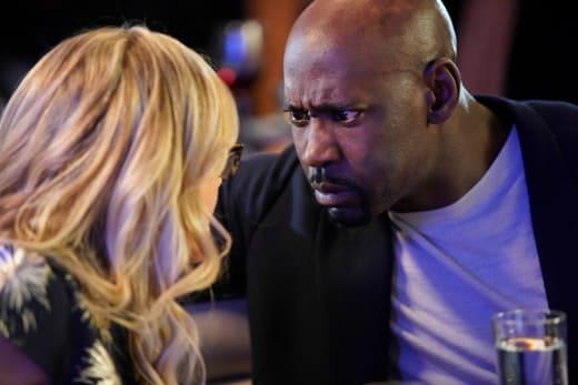 Gaze Into My Eyes - Lucifer Season 3 Episode 15