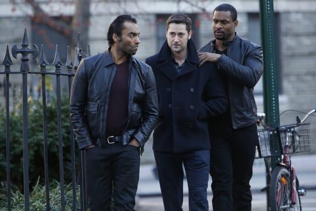 Tom makes new friends - The Blacklist Season 4 Episode 12