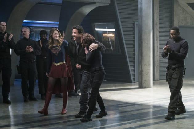All Smiles - Supergirl Season 2 Episode 14