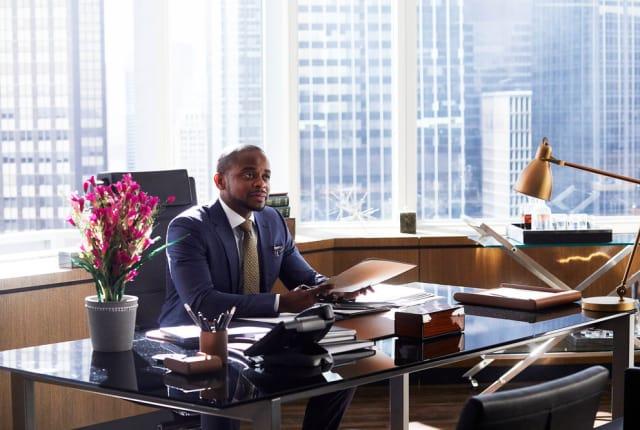 Watch Suits Season 7 Episode 3 Online - TV Fanatic