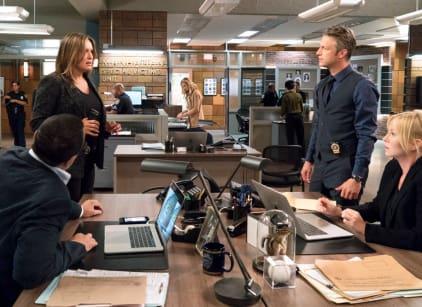 Watch Law & Order: SVU Season 20 Episode 2 Online