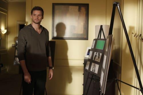 Austin Nichols as Julian in One Tree Hill