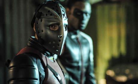 Up Close With Wild Dog - Arrow Season 6 Episode 2