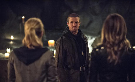 The Look - Arrow Season 3 Episode 22