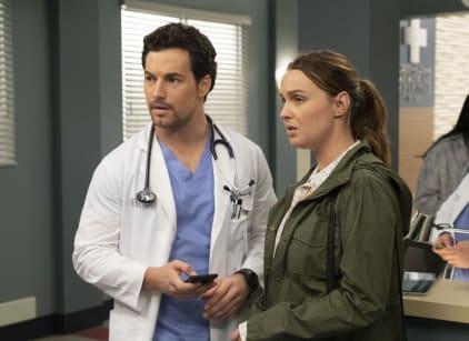 Watch Grey's Anatomy Season 15 Episode 24 Online