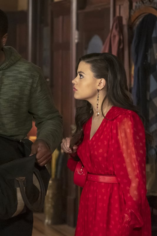 Charmed Season 1 Episode 18 Review: The Replacement - TV Fanatic