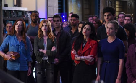 The Institute regroups - Shadowhunters