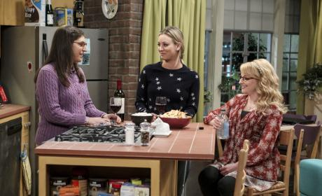 Girl Talk - The Big Bang Theory Season 10 Episode 13