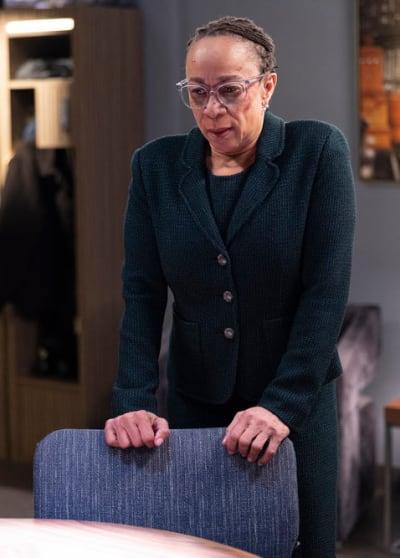 Sharon's Connection - Chicago Med Season 6 Episode 13