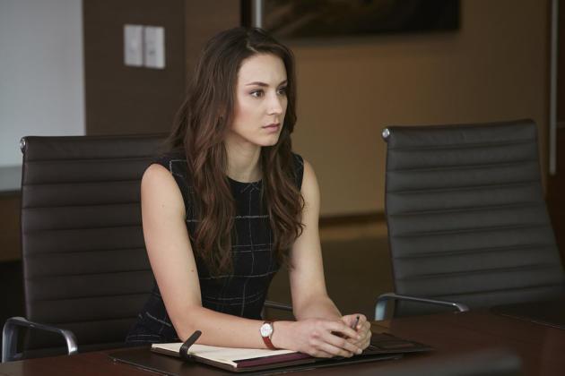 Claire Suits Season 5 Episode 8 Tv Fanatic
