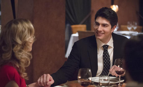 Romance in the Air - The Flash Season 1 Episode 18
