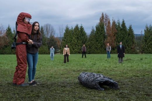 Survivors - Debris Season 1 Episode 3