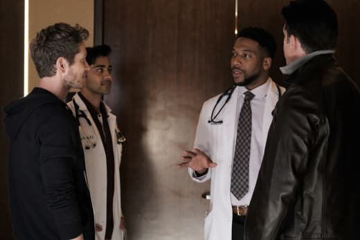 Meeting of the Minds - The Resident Season 1 Episode 7