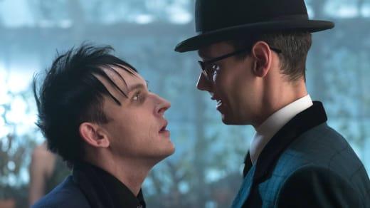 Showdown - Gotham Season 3 Episode 20