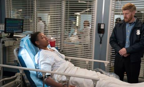 Standing Guard - Grey's Anatomy Season 14 Episode 10