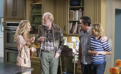 Watch Modern Family Online: Season 11 Episode 8