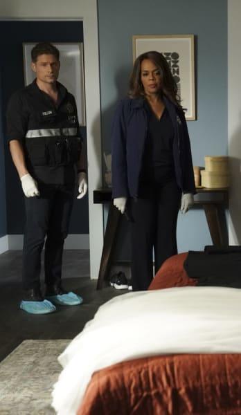 The Wedding Suite - CSI: Vegas Season 1 Episode 2