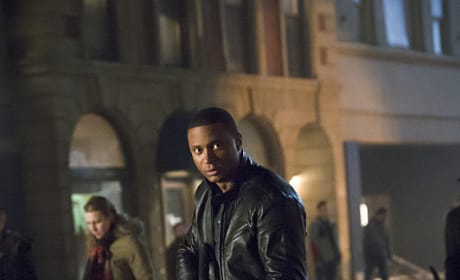 Armed and Dangerous - Arrow Season 3 Episode 12