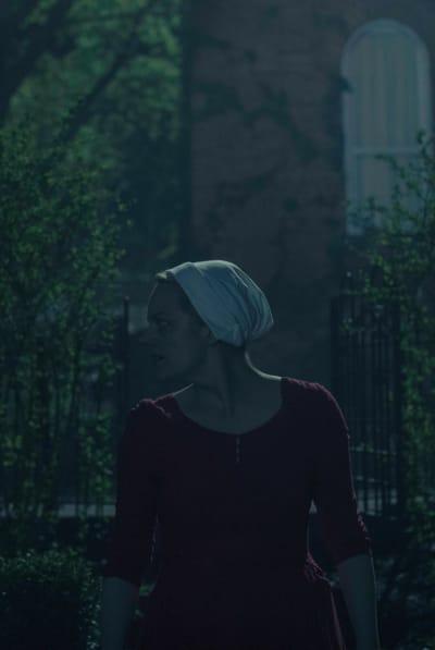 June Is On Watch  - The Handmaid's Tale Season 3 Episode 13
